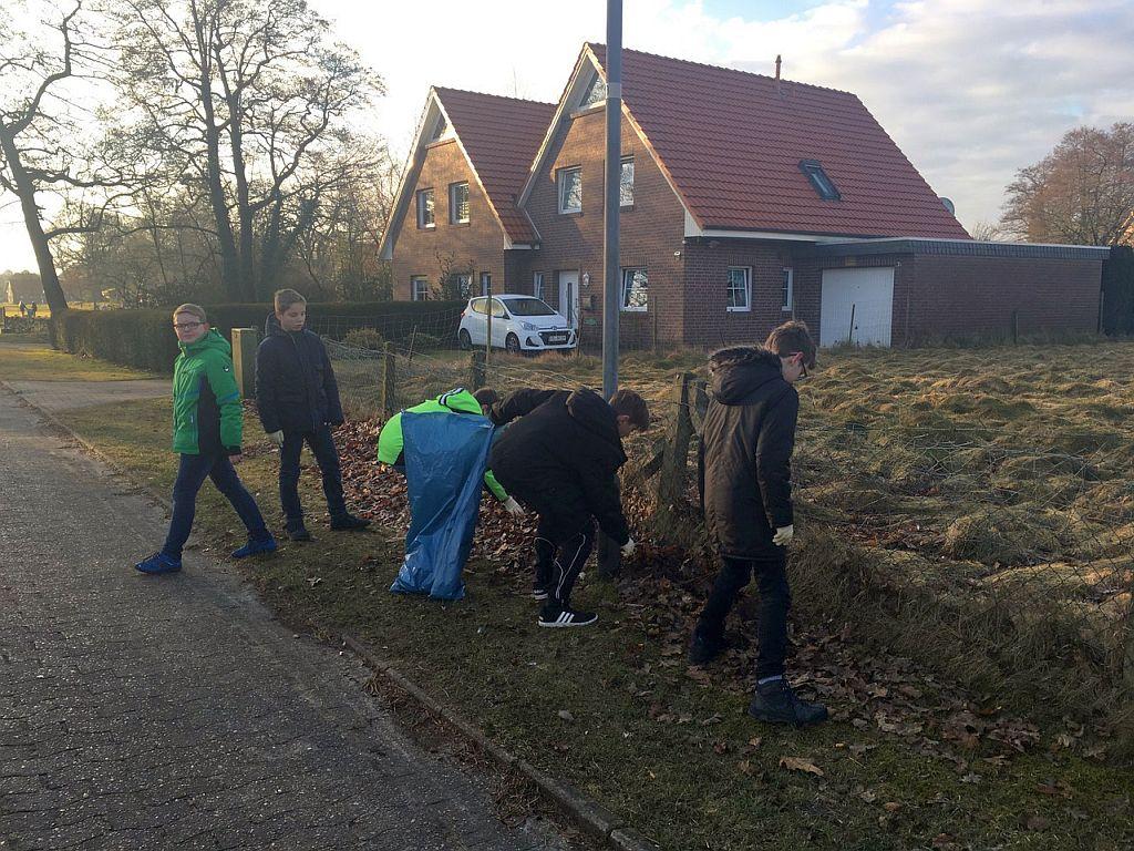 Naturputztag an der IGS Friesland